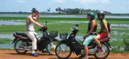 moto-india.jpg