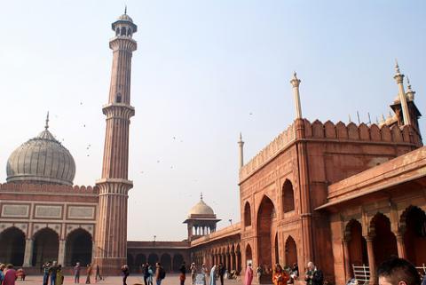 delhi-turistas.jpg